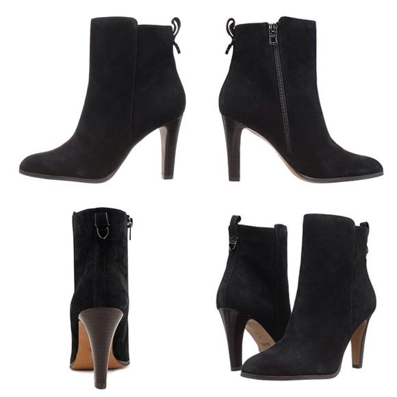 Coach Shoes - 300$ COACH ankle suede boots.